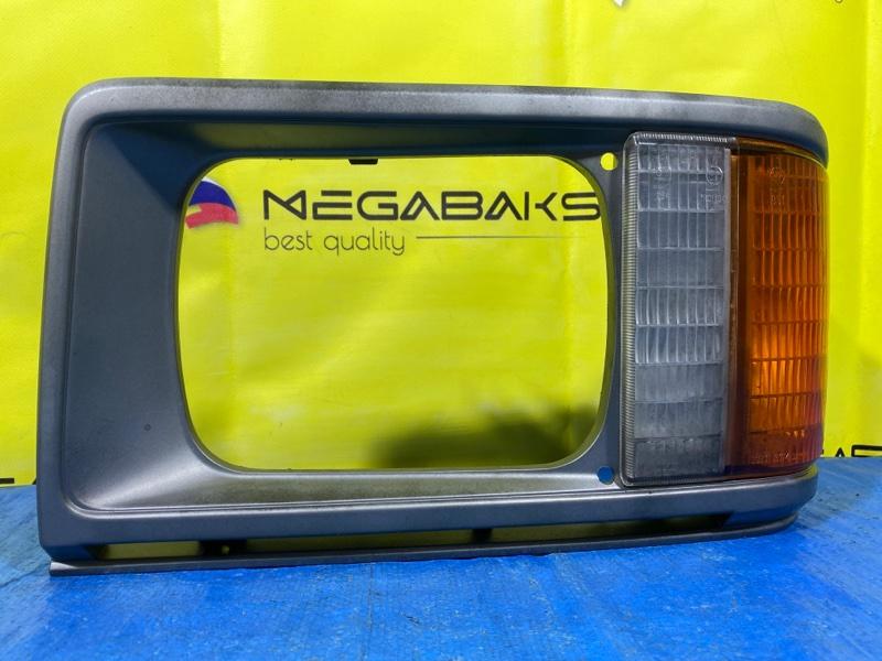 Очки на фары Mazda Bongo SD29M левые (б/у)