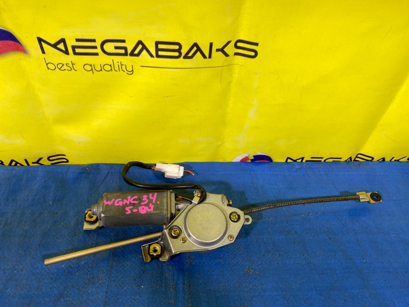 Доводчик двери Nissan Stagea WGNC34 задний (б/у)