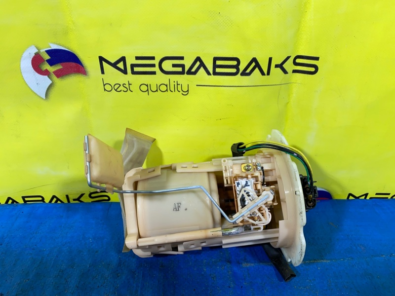 Топливный насос Nissan Serena TNC24 QR20DE (б/у)