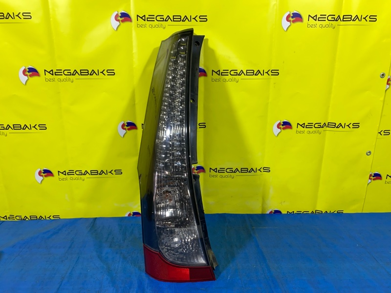 Стоп-сигнал Mitsubishi Grandis NA4W левый 220-87641 (б/у)