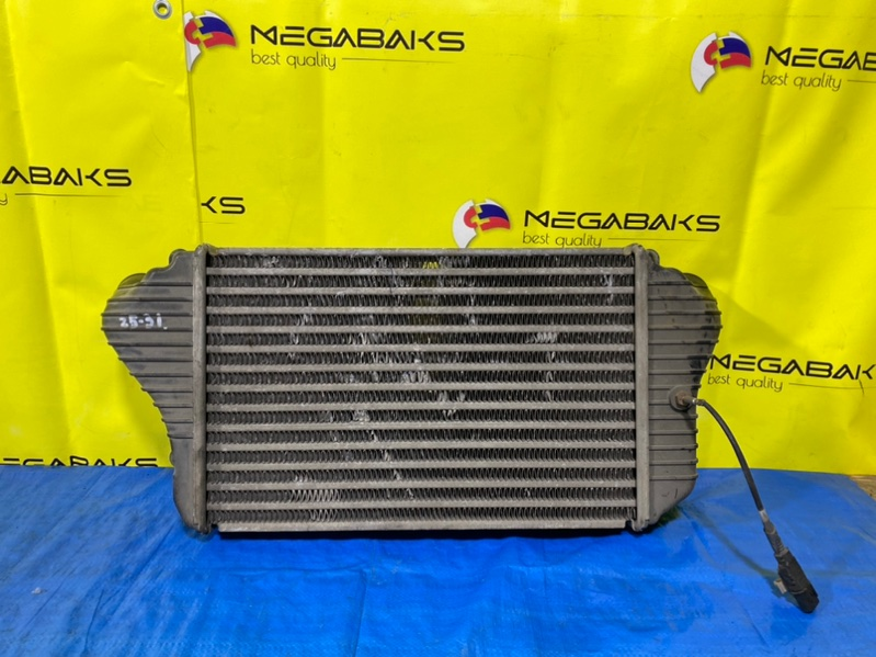 Радиатор интеркулера Mitsubishi Canter FE82D 4M50 (б/у)