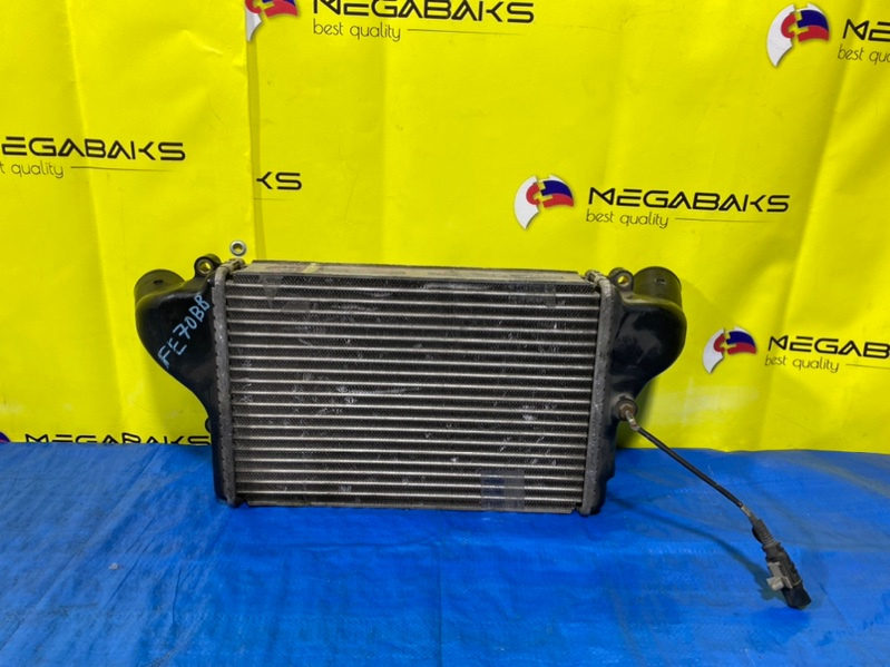 Радиатор интеркулера Mitsubishi Canter FE70BB (б/у)