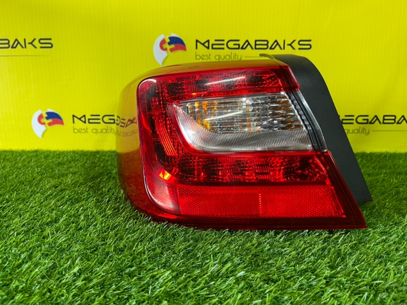 Стоп-сигнал Subaru Legacy BN9 левый 220-60234 (б/у)
