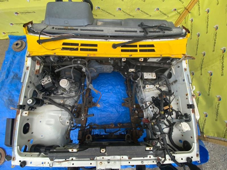 Петля капота Mitsubishi Pajero V26 4M40 1998 (б/у)