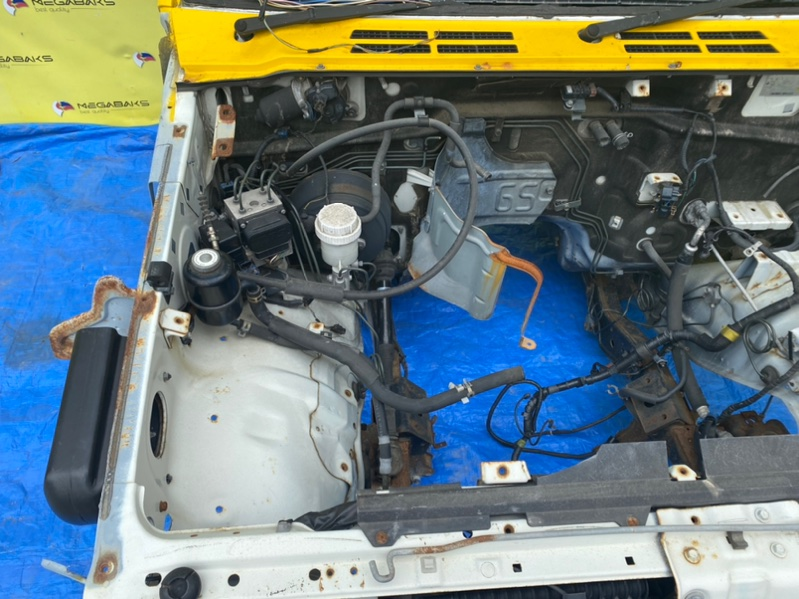 Главный тормозной цилиндр Mitsubishi Pajero V26 4M40 1998 (б/у)