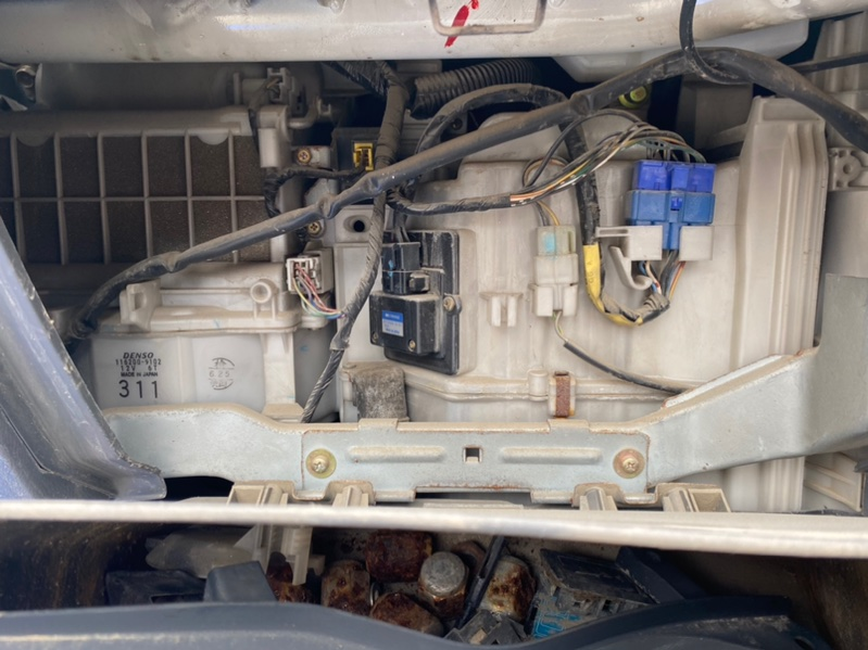 Радиатор печки Mitsubishi Pajero V26 4M40 1998 (б/у)