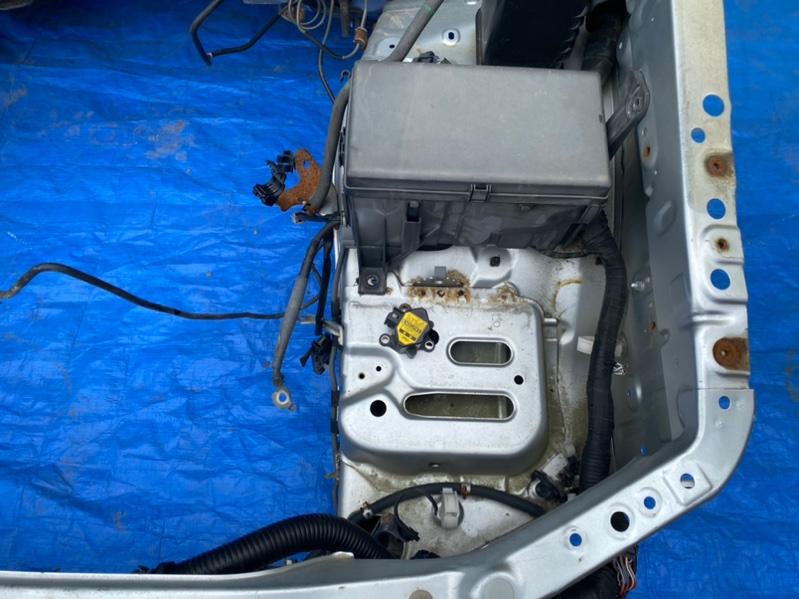 Блок предохранителей под капот Toyota Prado TRJ125 2TR-FE (б/у)