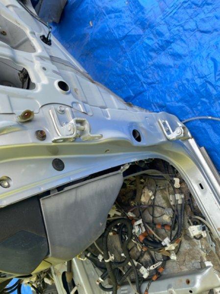 Петля дверная Toyota Prado TRJ125 2TR-FE передняя правая (б/у)