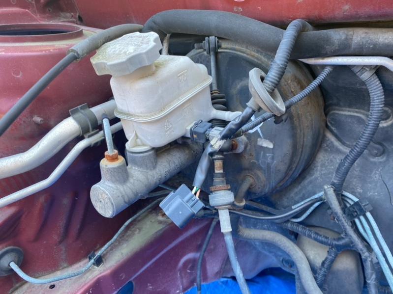 Главный тормозной цилиндр Hyundai Santa Fe SM G6BA (б/у)