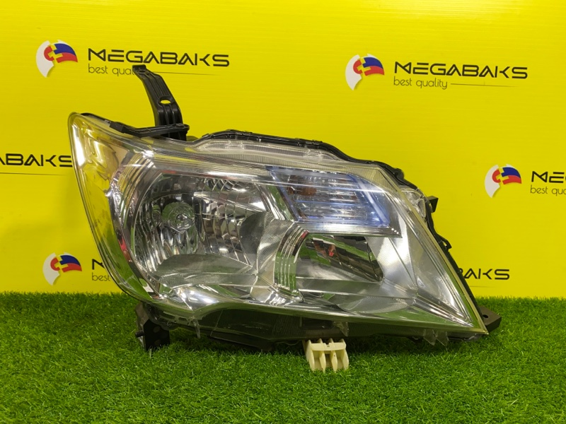 Фара Nissan Serena NC26 правая 100-23096 (б/у)
