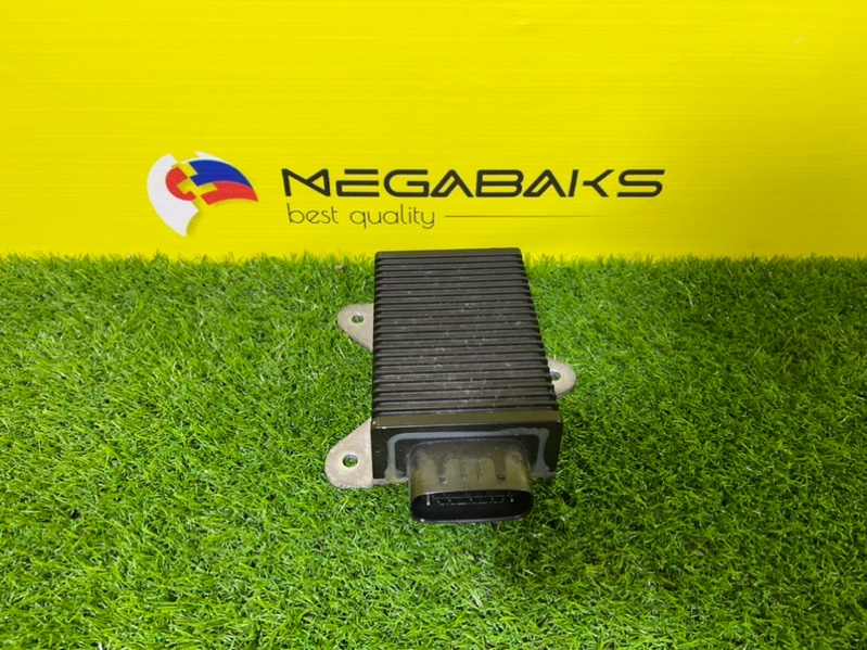 Блок управления форсунками Mitsubishi Chariot Grandis N84W 4G64 (б/у)