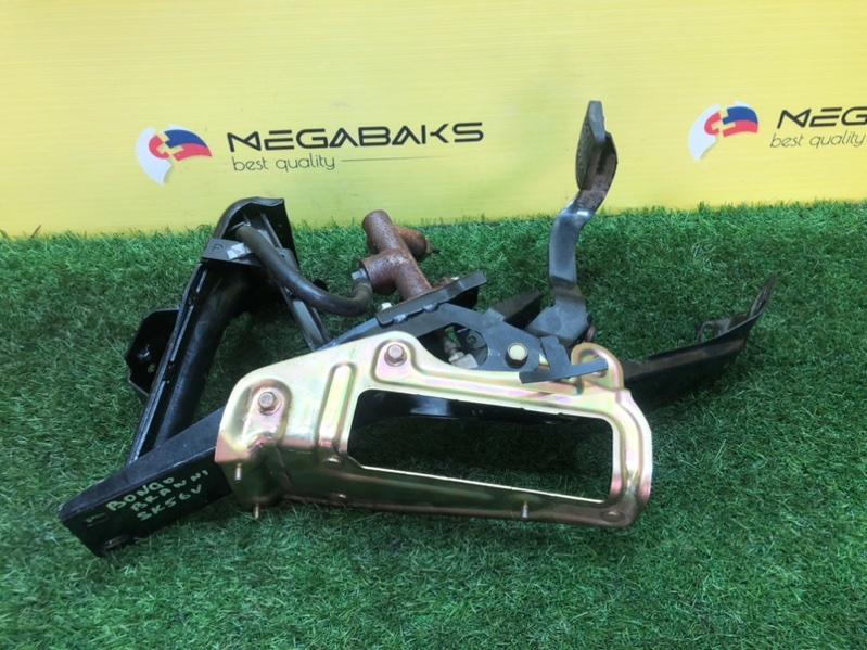 Педаль сцепления Mazda Bongo Brawny SK56V WL (б/у)