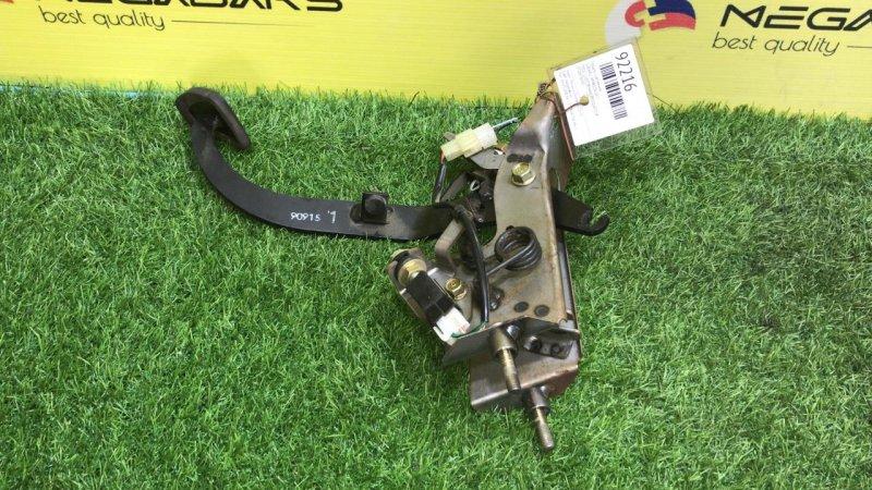 Педаль сцепления Subaru Impreza GF1 (б/у)