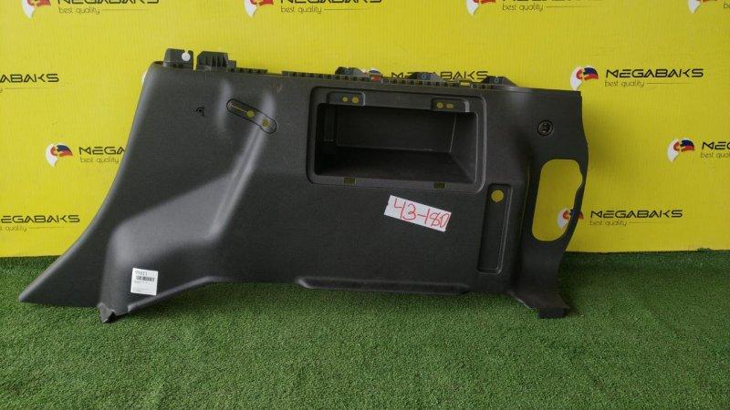 Обшивка багажника Hummer H3 правая (б/у)