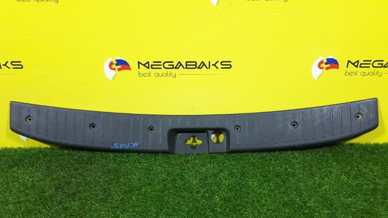 Накладка замка багажника Toyota Probox NCP50 (б/у)