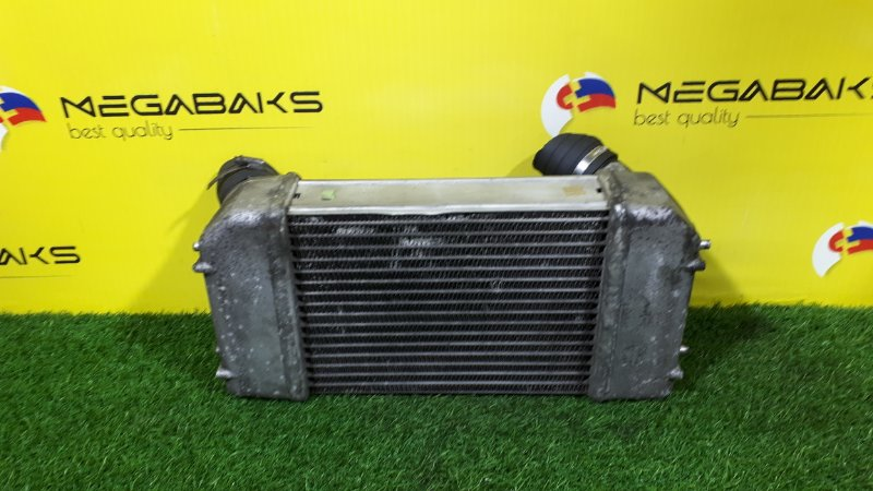 Радиатор интеркулера Land Rover Discovery LJ 19L (б/у)