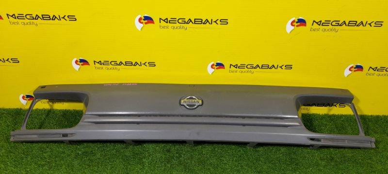 Решетка радиатора Nissan Vanette SS28MN (б/у)