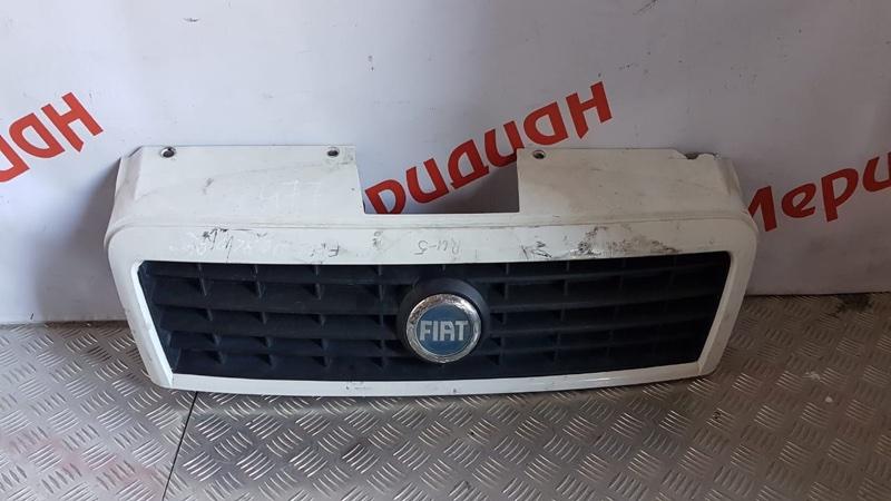 Решетка радиатора Fiat Doblo 2008 (б/у)