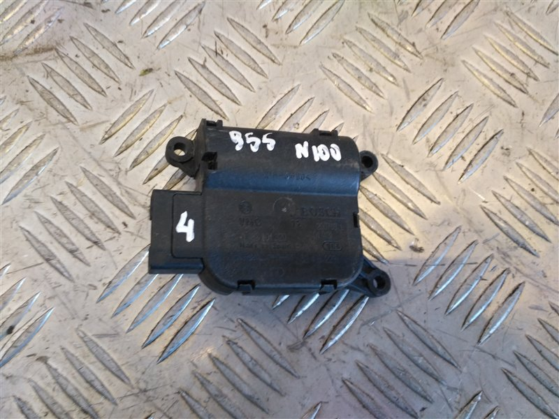 Моторчик заслонки отопителя Porsche Cayenne 955 2006 (б/у)
