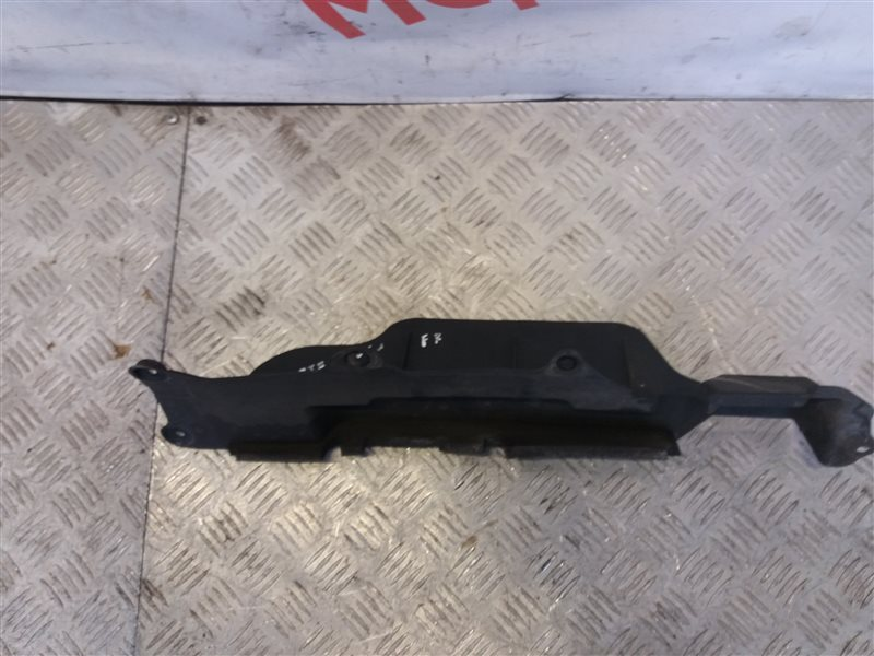 Кожух радиатора правый Kia Sportage II 2005 (б/у)