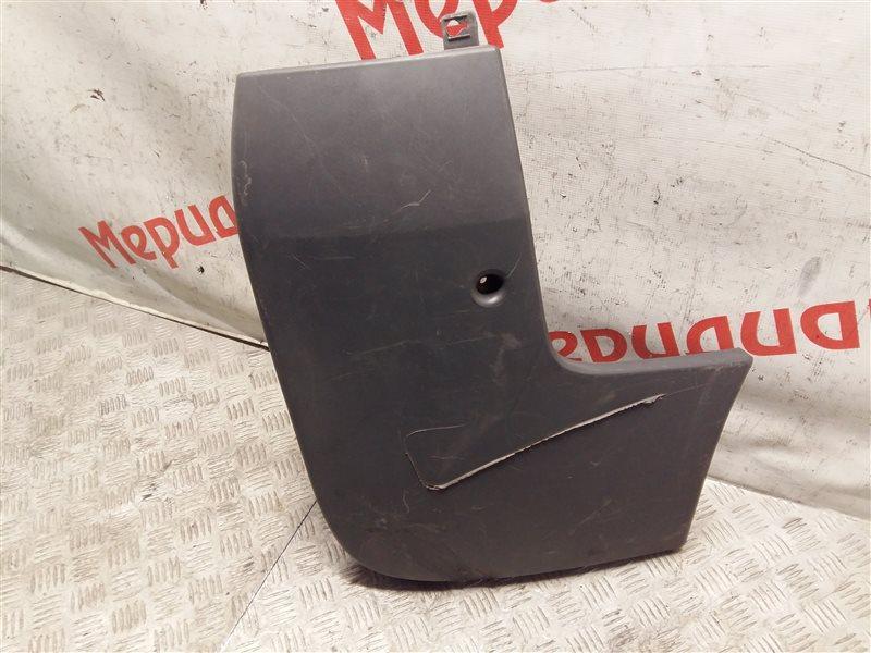 Накладка заднего бампера правая Opel Vivaro 2005 (б/у)