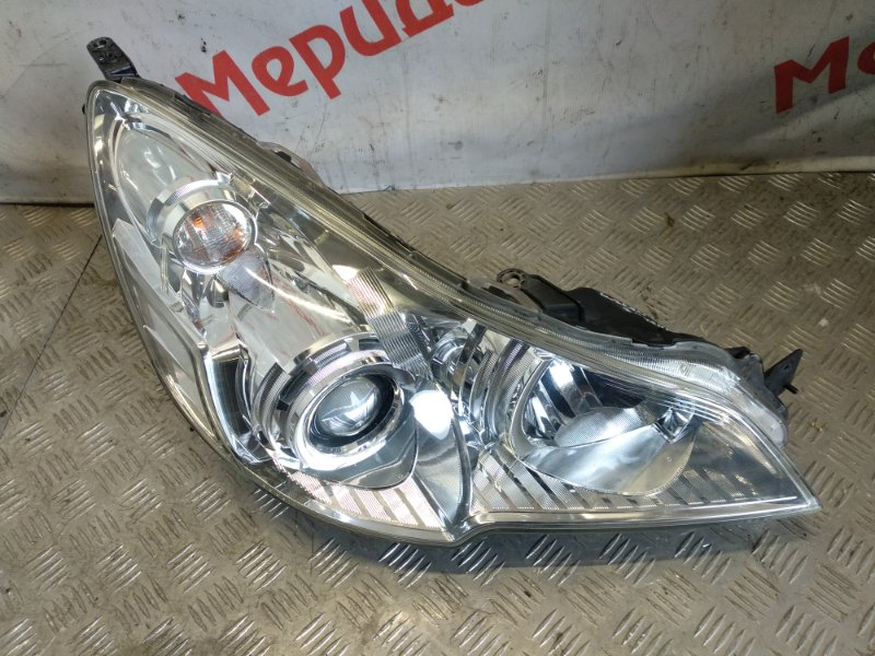 Фара правая Subaru Legacy Outback B14 2011 (б/у)