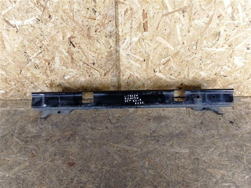 Усилитель заднего бампера Citroen Jumpy 2010 (б/у)