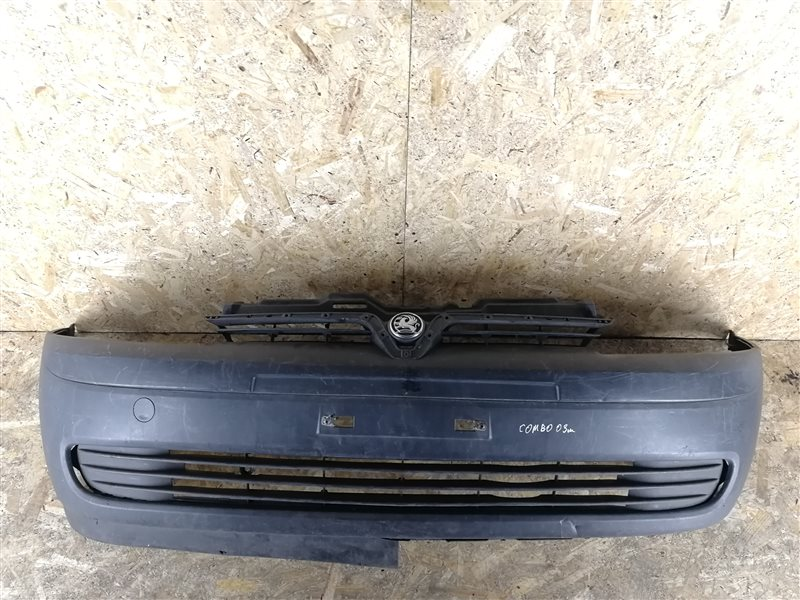 Бампер передний Opel Combo 2003 (б/у)