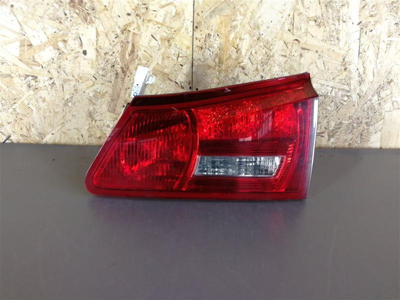 Фонарь задний внутренний правый Lexus Is 2007 (б/у)