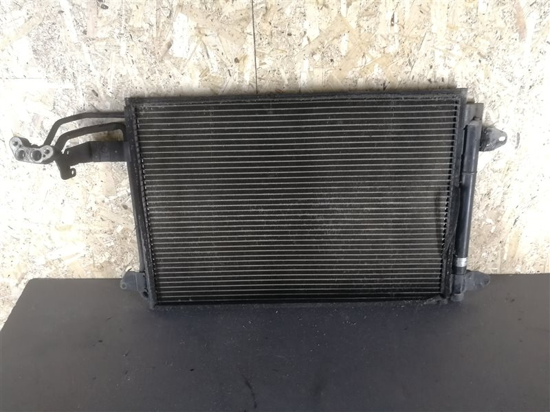 Радиатор кондиционера Audi A3 8P1 2004 (б/у)