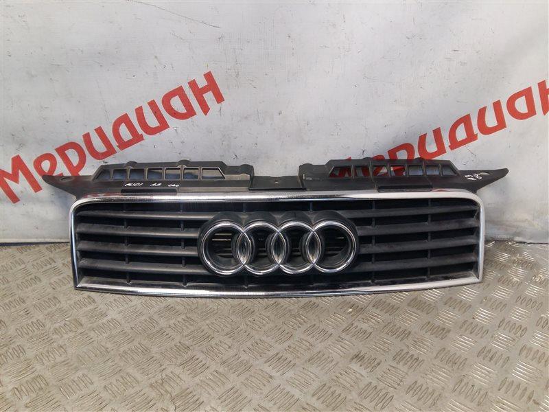 Решетка радиатора Audi A3 8P1 2003 (б/у)