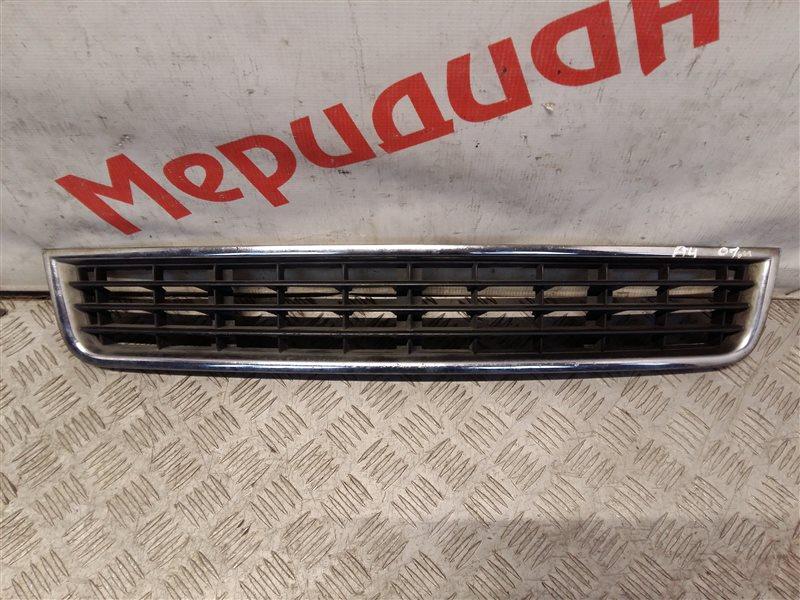 Решетка в бампер центральная Audi A4 B6 2004 (б/у)