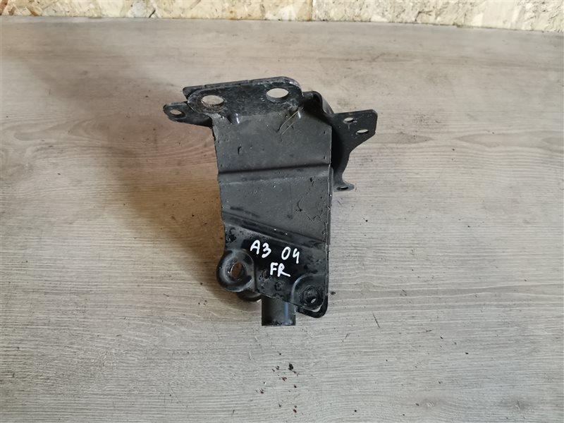 Кронштейн усилителя переднего бампера правый Audi A3 8P1 2004 (б/у)