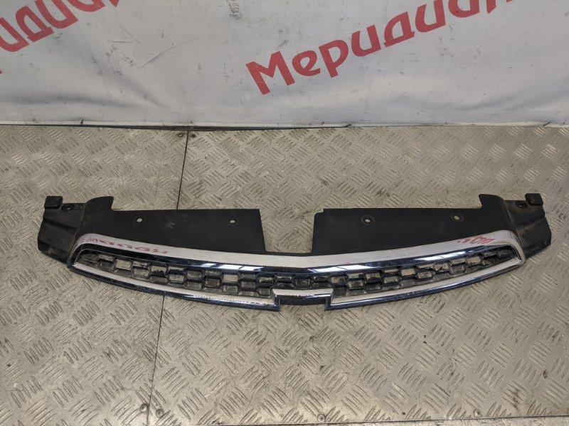 Решетка радиатора Chevrolet Cruze 1.8 2010 (б/у)
