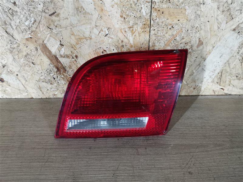 Фонарь задний внутренний правый Audi A3 8P1 2004 (б/у)