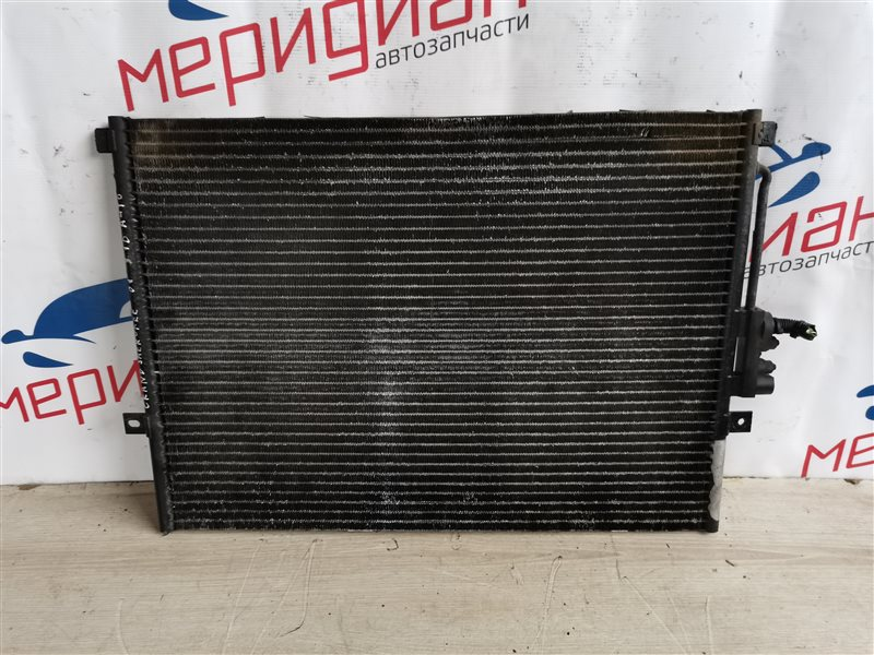 Радиатор кондиционера Jeep Grand Cherokee WJ 2001 (б/у)