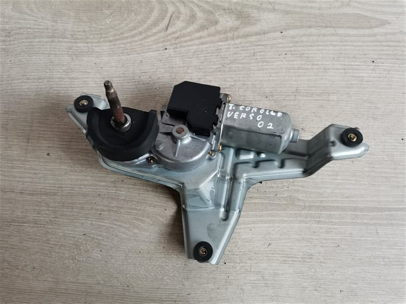 Моторчик стеклоочистителя задний Toyota Corolla Verso 2002 (б/у)