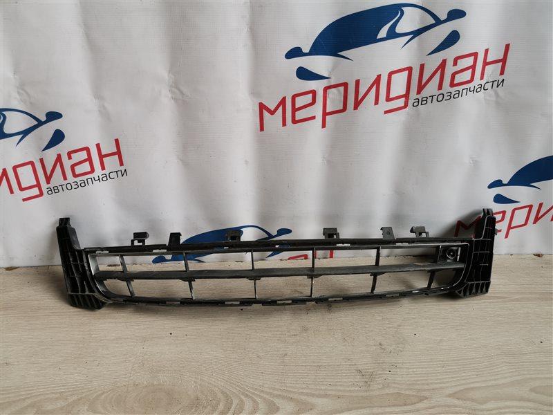Решетка в бампер центральная Opel Insignia 2011 (б/у)