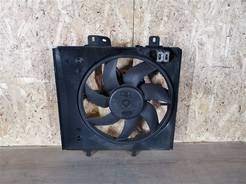 Вентилятор радиатора Peugeot 207 2007 (б/у)