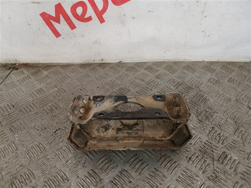 Опора двигателя задняя Ssang Yong Rexton II 2010 (б/у)