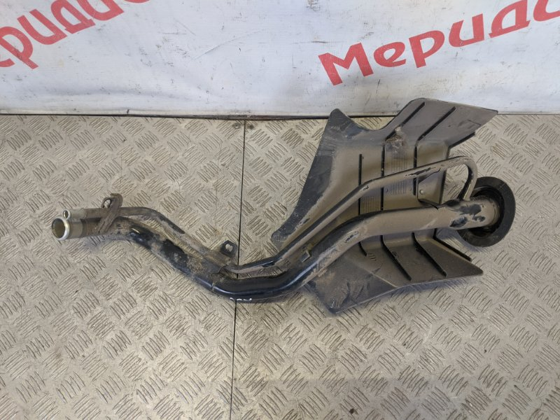 Горловина топливного бака Mitsubishi Asx 2010 (б/у)