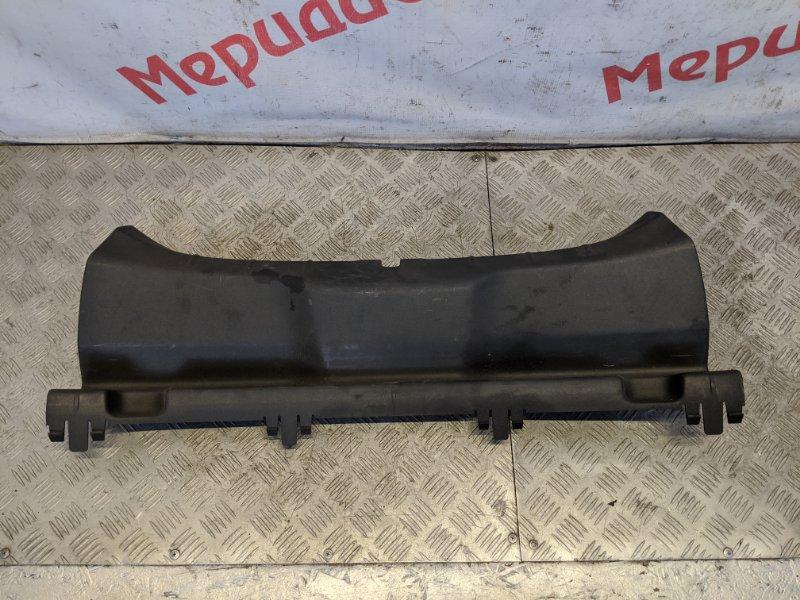 Обшивка багажника на заднюю панель Volvo C 30 2008 (б/у)