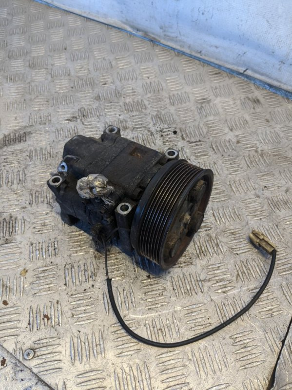 Компрессор кондиционера Mazda 6 GG 2006 (б/у)