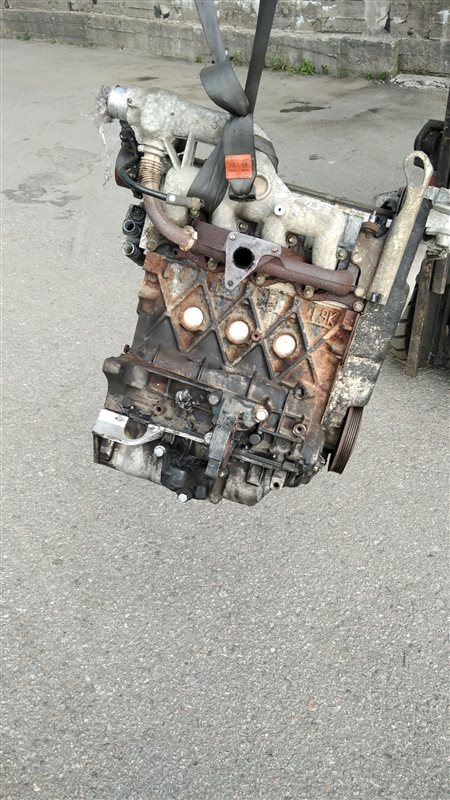 Двигатель f9q762 Renault Trafic 1.9 2004 (б/у)