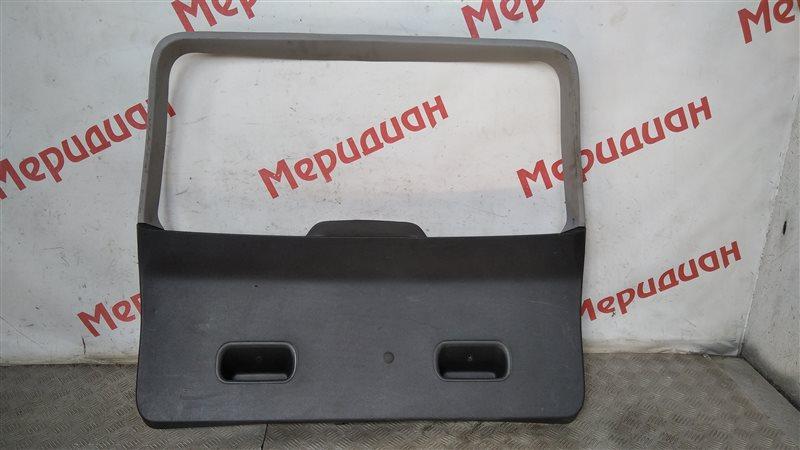 Обшивка двери багажника Opel Meriva 2005 (б/у)