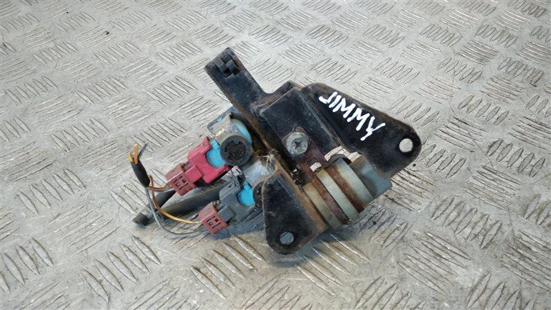 Клапан включения переднего моста Suzuki Jimny FJ 2004 (б/у)
