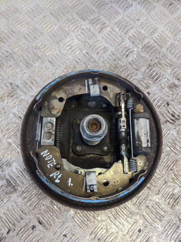 Щит опорный задний левый Nissan Note E11 2010 (б/у)