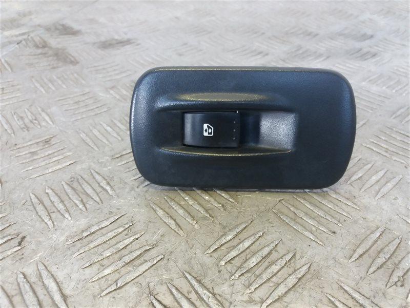 Кнопка стеклоподъемника Renault Trafic 2004 (б/у)