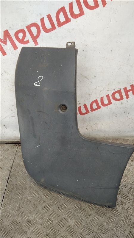 Накладка заднего бампера правая Renault Trafic 2004 (б/у)