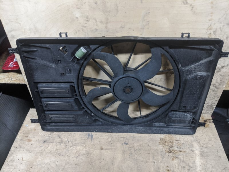 Вентилятор радиатора Ford Transit/tourneo Custom 2015 (б/у)